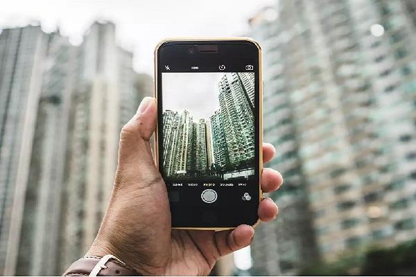 100 megapixels camera phone