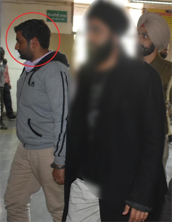 amritsar pakistani spy arrested