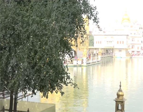 amritsar  pudhanjni beri  sri harmandir sahib