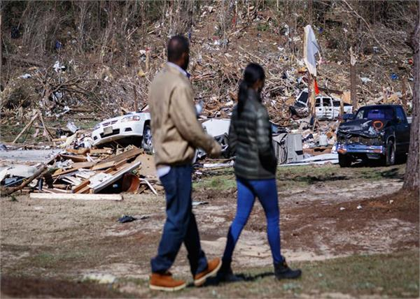 tornado killed 23 people in alabama town