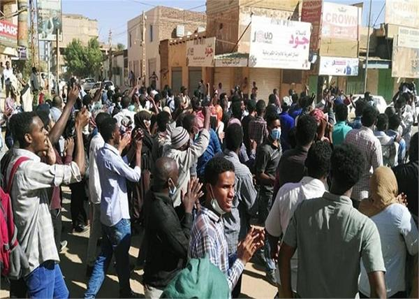 sudan  protest against president