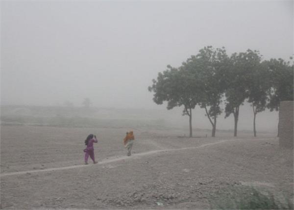 pakistan dust storm