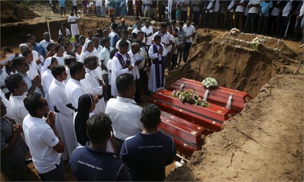 sri lanka attacks mass funerals