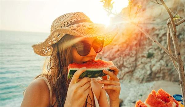 stay cool in the summer  add these thins to diet