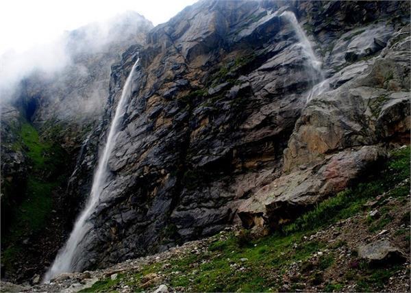 vasudhara falls badrinath