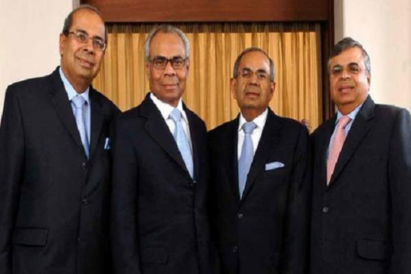 hindujas banks and etihad may offer in jet