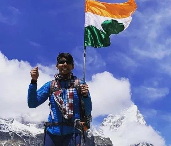 haryana girl anita kundu reached third time on mount everest