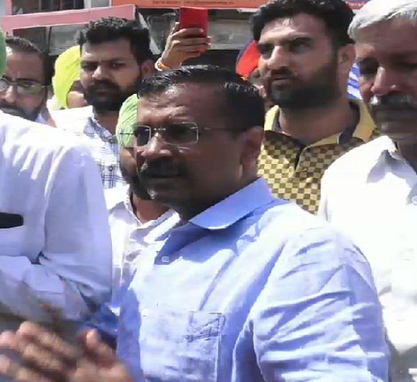 faridkot  arvind kejriwal  sadhu singh  road show