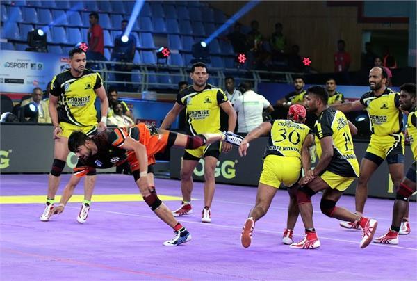 delhi beat chennai by 4th win