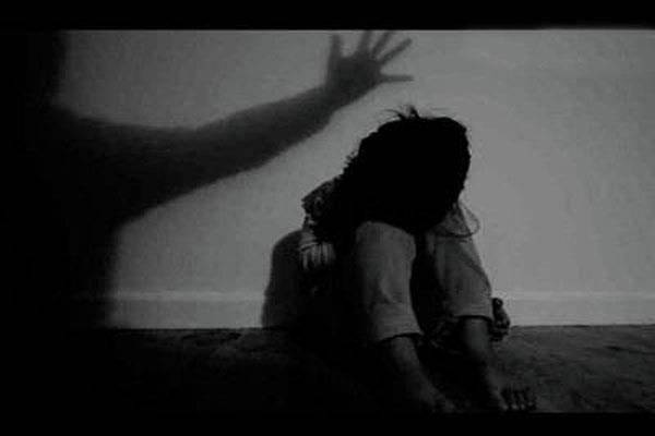 mom beats girl  5  to death for watching tv