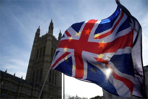 uk  s definition of islamophobia kicks up row  police warn of confusion
