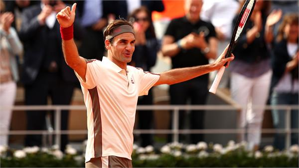 federer celebrated the 400th grand slam match with a win