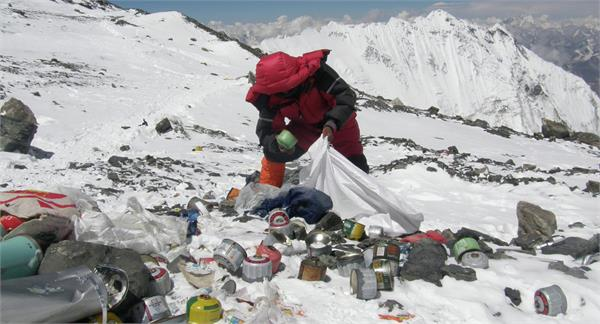 11 000 kg garbage removed from mt everest in two months
