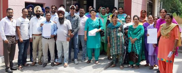 employees welfare staff for 3 months protested