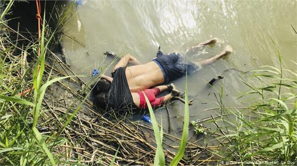 america mexico border  death of father or daughter rather than good life