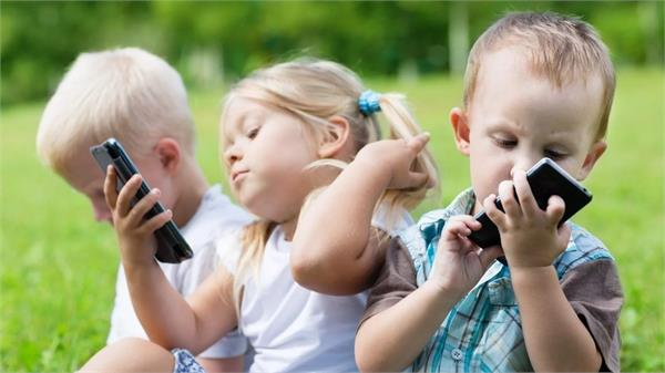 smartphones not less than cocaine for children