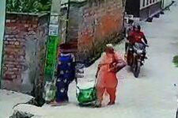cheney motorcycles riding robbers jhapati woman