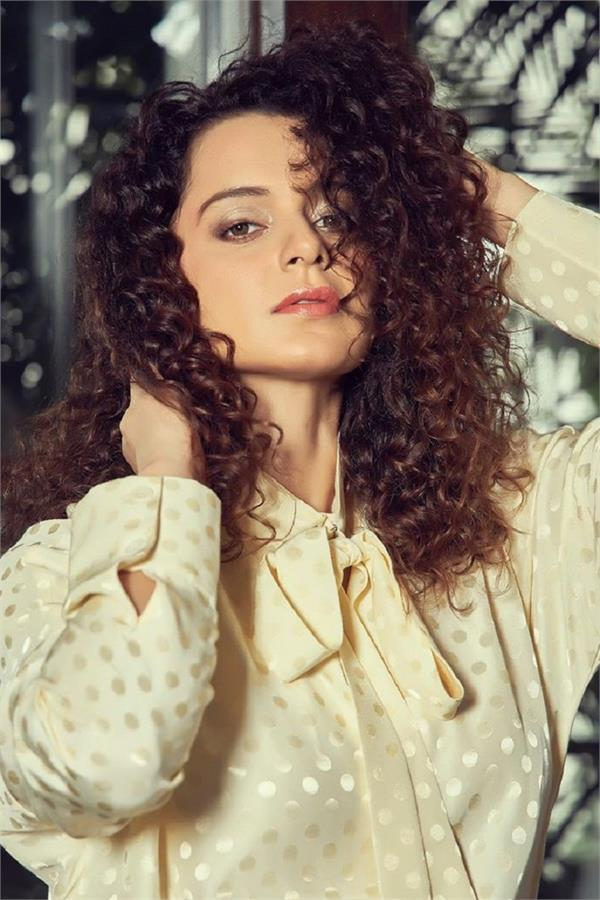kangana ranaut to play a spy in dhaakad