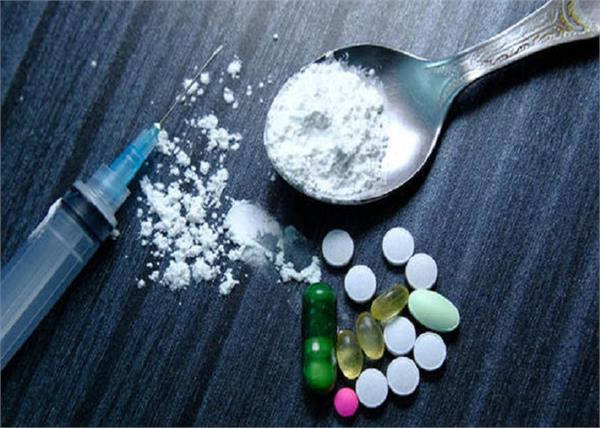 gurdaspur  youth  drugs