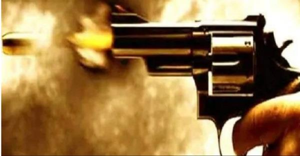 sambhal firing between police and gangster one died