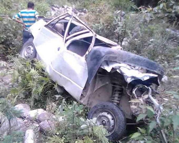 car drops in deep ditch