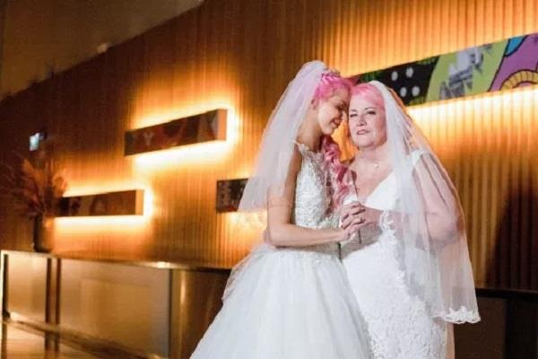 lesbian couple 37 year age gap married