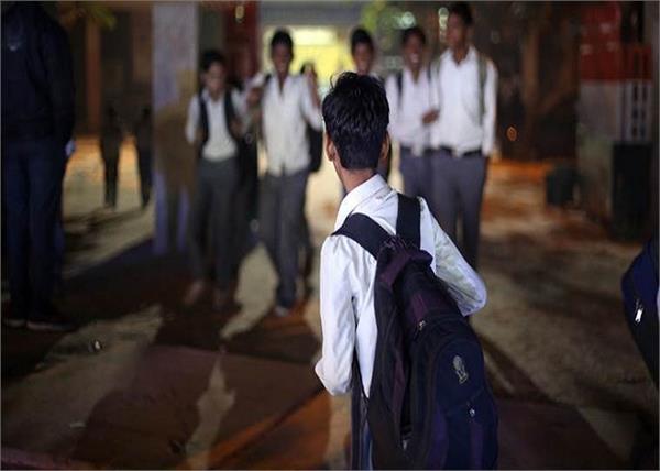 tamil nadu hiv government school boy admission