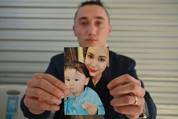 australia  uyger mother son