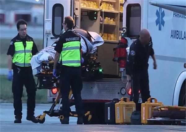 4 dead  5 in hospital after floatplane crash