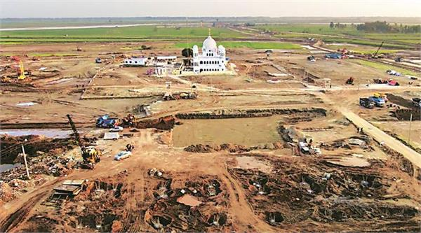 many differences between india and pakistan at kartarpur corridor