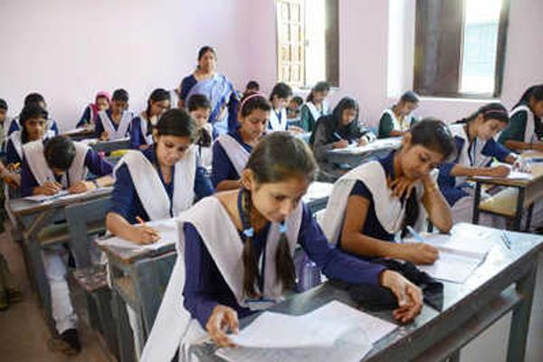 fifth and 8th students who take low numbers in delhi will fail