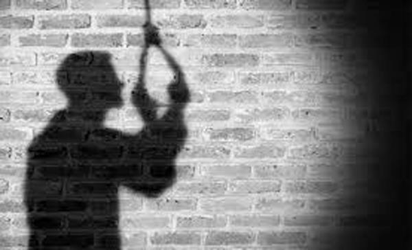 a boy suffering from nephews committed suicide