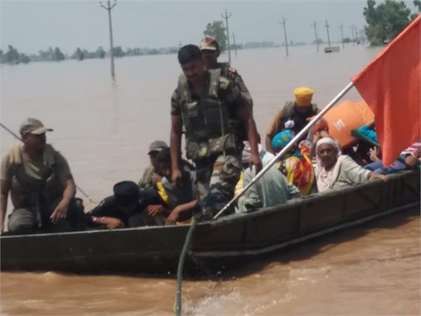 ngos have joined forces to protect those trapped in flood
