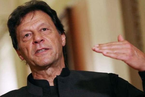 pakistan threatens war on india over kashmir incident