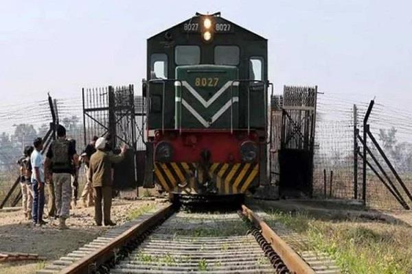 indo pak rail and bus service halt damage to relatives of both countries