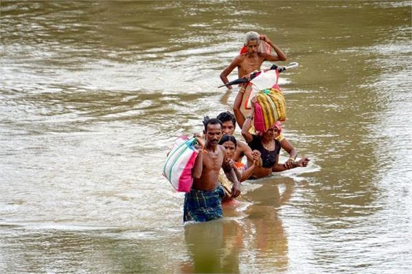rain fury himachal delhi on flood alert