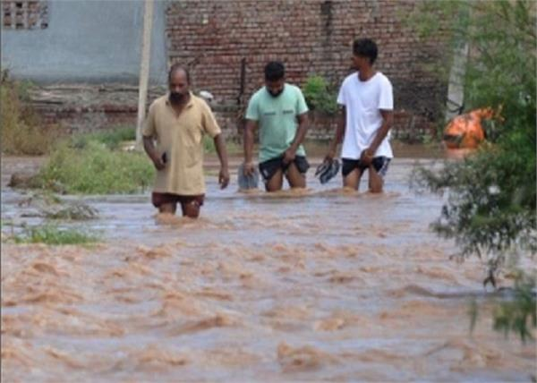 floods diseases sutlej river