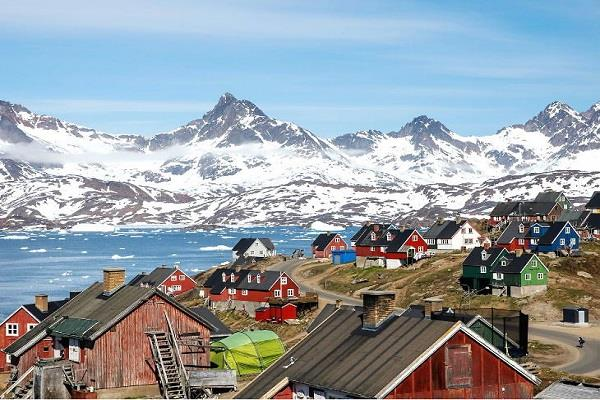 greenland trump  don t sell our island
