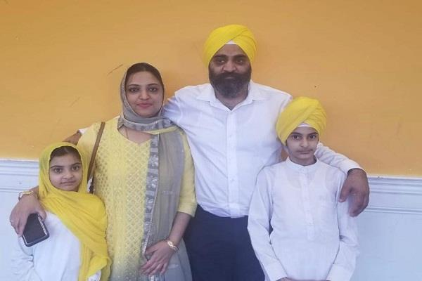 america  sikh family