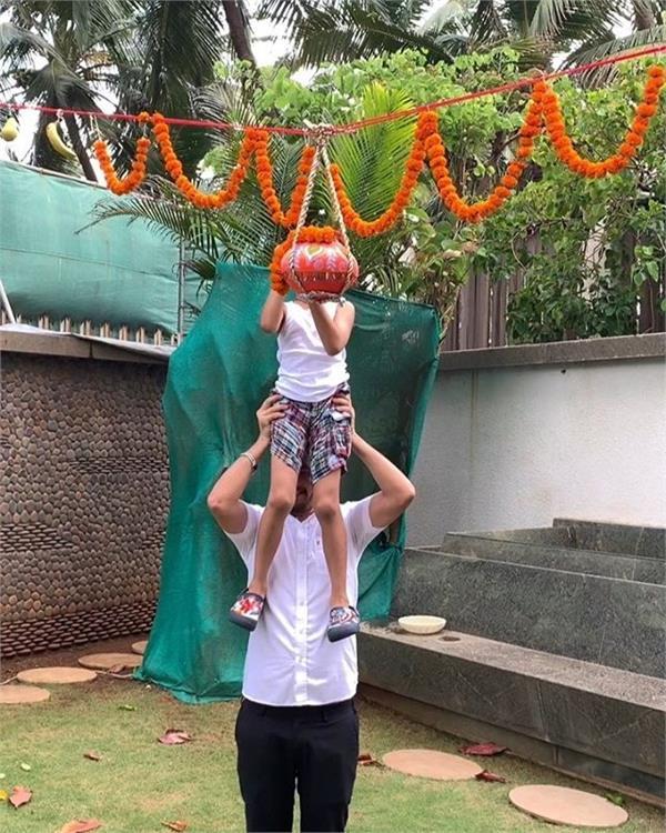 Happy Janmashtami 2019 : ਸ਼ਿਲਪਾ ਸ਼ੈੱਟੀ ਦੇ ਬੇਟੇ ਨੇ ਤੋੜੀ 'ਦਹੀਂ ਹਾਂਡੀ', ਵੀਡੀਓ ਵਾਇਰਲ