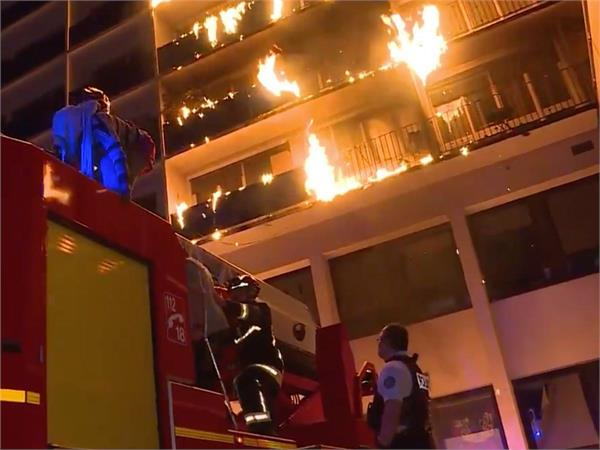 one dead  several injured in fire by paris hospital