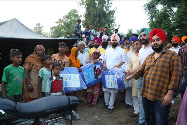 administration failed to provide relief to flood affected people  kohar