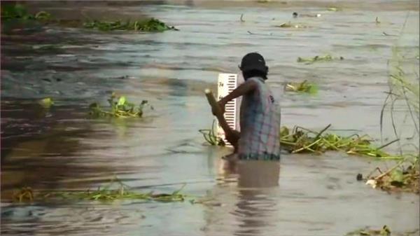 danger of floods in delhi