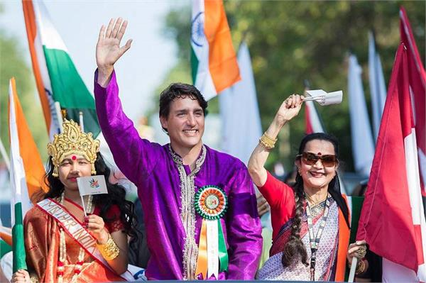 canadian pm trudeau congratulates indians on independence day