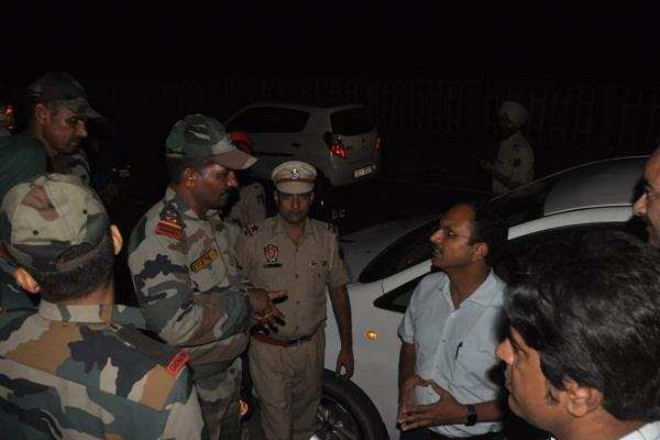 sutlej boom in jalandhar administration seeks army s help