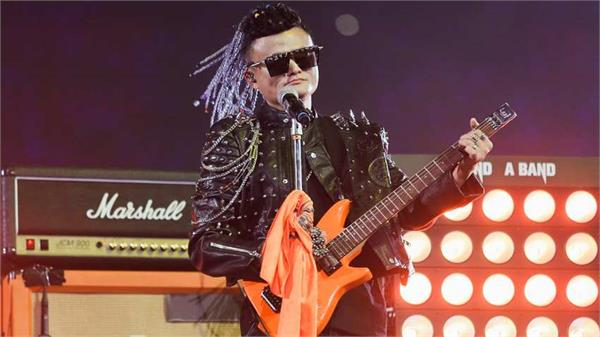 alibaba founder jack ma tells company in rock star style to say goodbye