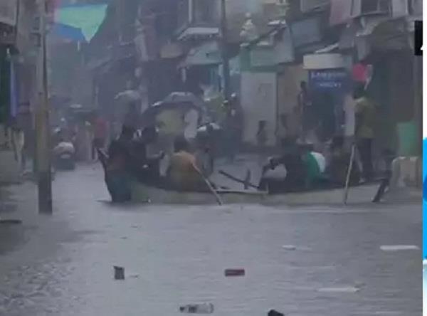 rains and flood bharuch gujarat