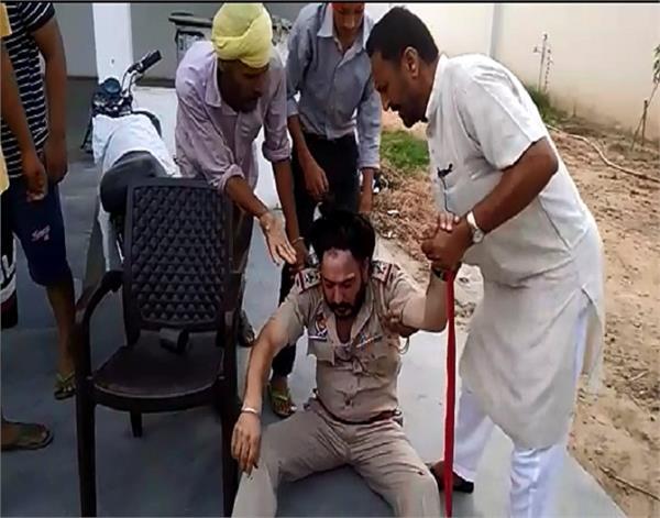 amritsar sub inspector assaulted