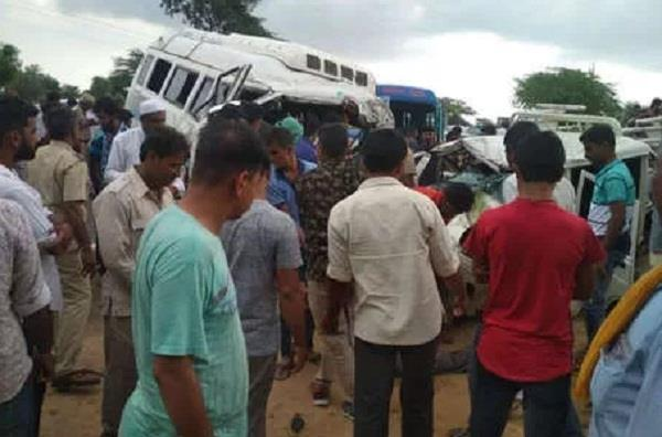 jodhpur bus jeep camper collision in balesar