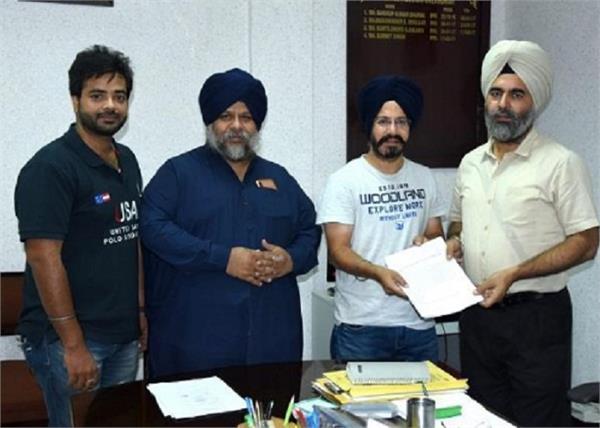 complaint given to police against punjabi singer sheri mann